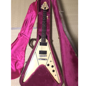 GIBSON Flying V Designer Series 1984 Vintage Electric Guitar with Hardshell Case