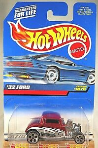 1998 Vintage Hot Wheels Collector #1070 32 FORD Red w Chrome 5 Dot Spoke Wheels $7.20