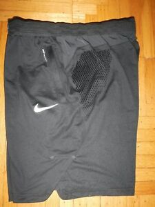 NIKE 9 AEROSWIFT Shorts XL Basketball mens AA3136 010 Training Black Running $34.32