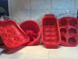8 Silicone Bakeware Bake Ware Set Muffins Loaves Loaf Cake Pans Molds Holiday