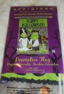 Evergreen-BE HAPPY THIS HALOWEEN Suede House Flag, 28 x 43