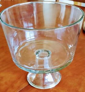 Footed Clear Glass Trifle Bowl—Dessert/Salad Bowl, 8