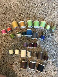 LOT OF 28 VINTAGE THREAD SPOOLS Some Wooden $6.90