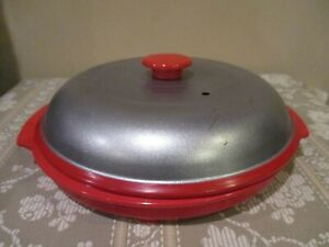 Red Silver Nonstick Microwave Cooker Grill Steamer China 2pcs