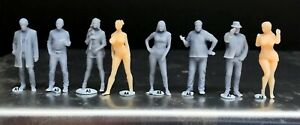 1:64 Scale Miniature People Resin unpainted great for Dioramas #22 Figures