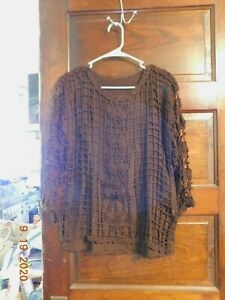 Knit Overlay Blouse Size M $9.00