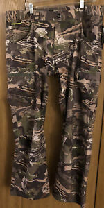 A18 Under Armour UA™ Storm Ridge Reaper® Forest Camo Field Hunting Pants 40 x 30