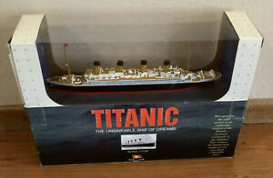 1998 CLAYTOWN TITANIC Scale 1:1136 Model THE UNSINKABLE SHIP OF DREAMS