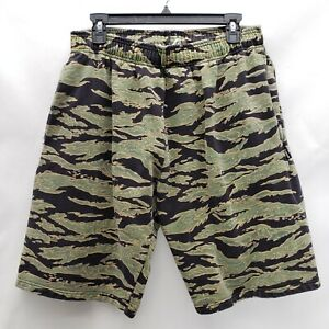 UNDEFEATED Multi Color Camouflage Shorts Men Size M