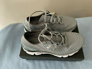 UNDER ARMOUR Speedform Gemni 2 Running Shoes Womens 9.5 GRAY NEW $70.00