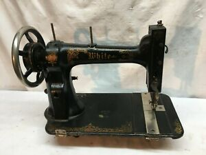 VINTAGE ANTIQUE 1900s WHITE CAST IRON INDUSTRIAL SEWING MACHINE HEAD ONLY $90.00