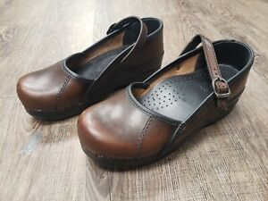 Dankso Oiled Brown Mary Jane Nursing Clog Shoe Size 37