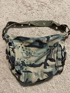 Limited Too Girls Camouflage Purse W Zipper Be Pockets And Stud Design Green