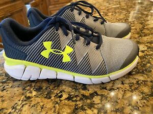 Boys Under Armour Shoes Size 4.5 $21.50