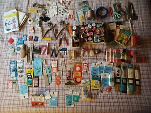 Large Lot Of Vintage Sewing Supplies Accessories $80.00