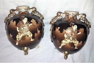 Fine Pair 2 of JAPANESE SATSUMA VASES SAMURAI SOLDIERS SWORDS