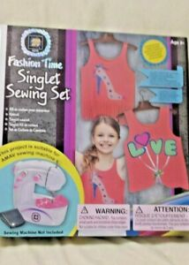 NEW Fashion Time Singlet Sewing Set for Ages 8 and Up $18.70