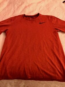Nike Mens Dry Fit Shirt Size Medium $6.00