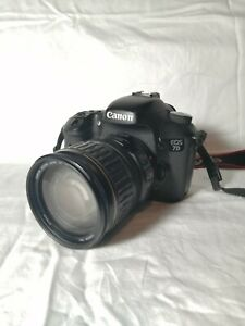 Canon 7D USED w assorted accessories wide angle attachments brand new flash