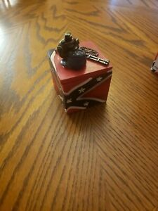 Confederate Collection Small Box With Lid $5.00