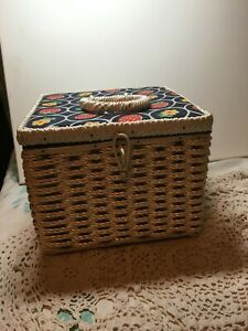 Vintage White Sewing Basket Made Exclusively for Singer 1970#x27;s Japan $20.00