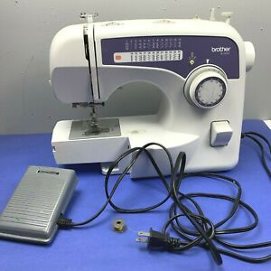 Brother Sewing Machine XL2600i Free Arm Multiple Stitch Easy to Use White Works $49.99