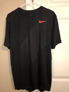 mens nike Dry fit Shirt Size Large New With Tags 885416 010 $13.00