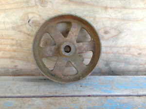 Very Cool Antique Machine Flat Belt Pulley $65.00