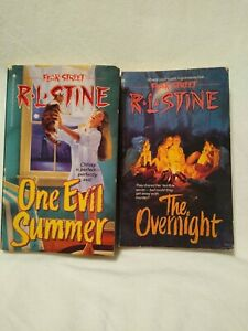 Lot Of 2 Fear Street Books By R.L. Stine. Good condition Vintage