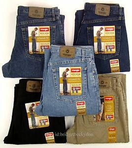 Wrangler Jeans RELAXED FIT New Mens Zipper Fly 30 31 32 33 34 35 36 38 40 42 NWT