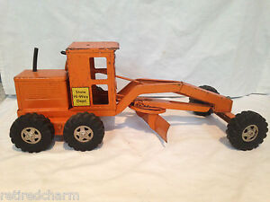 VINTAGE TONKA TRUCK Earth Mover Scraper Construction Vehicle COLLECTIBLE 17