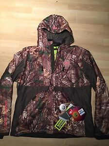 Under Armour Size XL Women's Gunpowder Scent Control RealTree Jacket Extra Large
