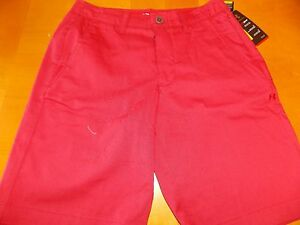 NWT UNDER ARMOUR 30 HEATGEAR LOOSE GOLF RED SHORTS MSRP $69.99