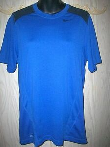 Men's NIKE Running Fit Dry Athletic  T-shirt Small Blue