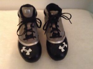 Under Armour boys 3Youth blackgray high baseball cleat shoes
