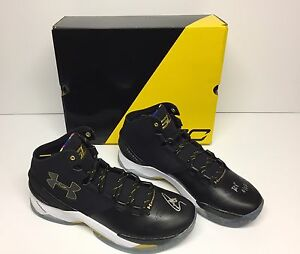 Stephen Curry Signed Under Armour Curry 2 LE Basketball Shoes