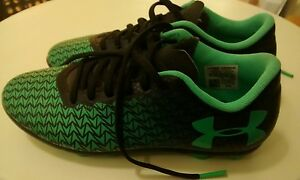 Nearly New* UNDER ARMOUR cleats​ shoe  boy girl 1 1Y clean green