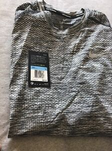 Nike Dry dri fit shirt Long Sleeve LS Men Size Medium M  833565 010