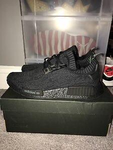 Brand New Adidas Pitch Black Friends And Family NMD Size 8.5 Rare
