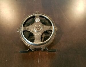 RARE VINTAGE BRONSON FLY FISHING REEL FLYRITE BEACON RAISED PILLAR SKELETON