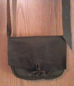 Possibles Leather Shoulder Bag Pouch Horn Button mountain man pow wow reenact