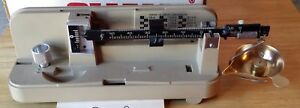 OHAUS 10-10 10 Precision Metric Reloading Scale Includes Instructions EUC