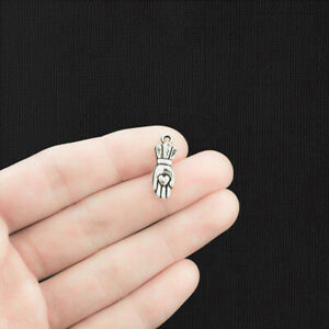 10 Heart in Hand Charms Antique Silver Tone - SC1693