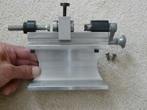 C-H PRECISION CASE TRIMMER with STAND and GROUP