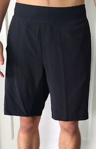 Lululemon Men's Size M Pace THE Short 9