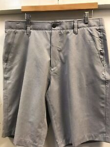 Under Armour Mens Match Play Vented shorts size 34 light gray