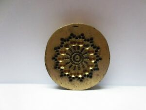 VINTAGE INDIAN BRASS METAL JEWELRY MAKING TOOL MOLD STAMP ROUND PATTERN V54
