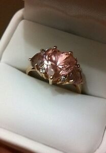 14K Solid Yellow Gold Pink Heart w Amethysts & Diamonds Ring SZ. 9 12