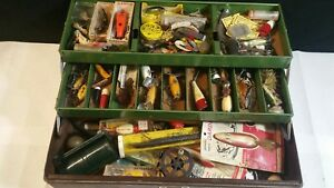 VINTAGE BROOKLEERE TACKLE BOX FULL OF LURES  FISHING  TACKLE LOT. #127