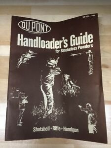 1975-76 DuPONT HANDLOADERS GUIDE FOR SHOTSHELL & RIFLE - PAGES: 38 Free Ship!